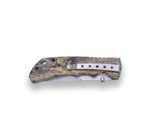 LINER LOCK FOLDING KNIFE 8,5 CM BLADE LENGTH AND ALUMINUM CAMO HANDLE WITH CLIP BACK SIDE.